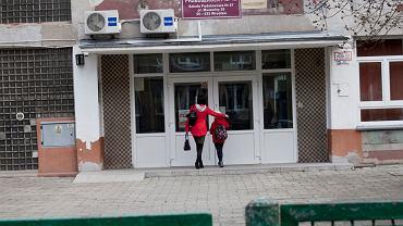 Koronawirus w Polsce. Rząd zamknął szkoły.  Zespóół szkolno - przedszkolny nr 13 we Wrocławiu, 12 marca 2020