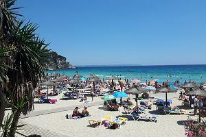 Typowo wakacyjne kurorty na każdą kieszeń - Majorka, Grecja, Wyspy Kanaryjskie. Oferty Last Minute!