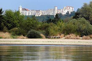 Morawiecki zapowiadał budowę 22 mostów. Sztandarowej inwestycji nie będzie. To był most wyborczy