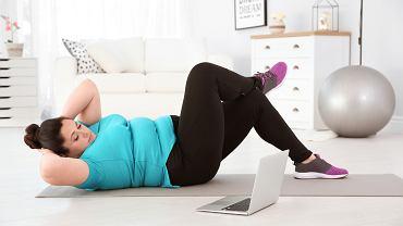 Otyłość może być przyczyną  cukrzycy typu 2, dlatego warto  zacząć się odchudzać