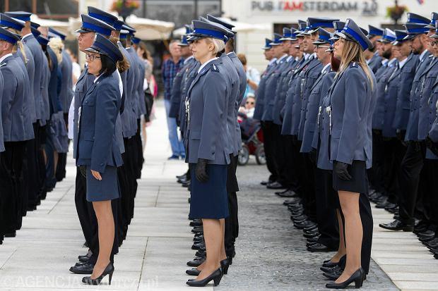 Zmiany w przepisach o emeryturach mundurowych. Policjanci, strażacy i pogranicznicy łatwiej przejdą na emeryturę