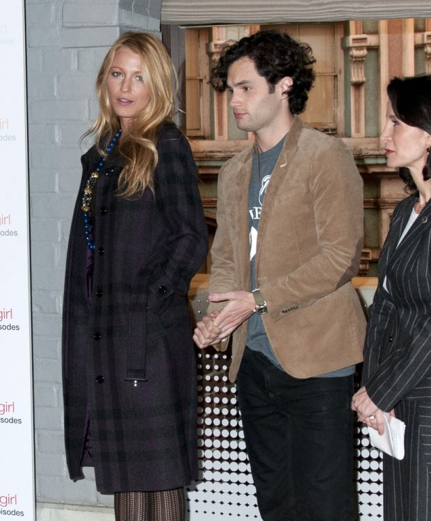Blake Lively, Penn Badgley w 2012 roku