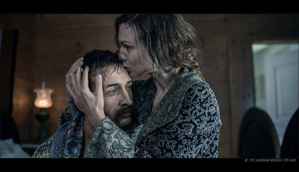 Magdalena Boczarska i Borys Szyc, kadr z filmu 'Piłsudski'