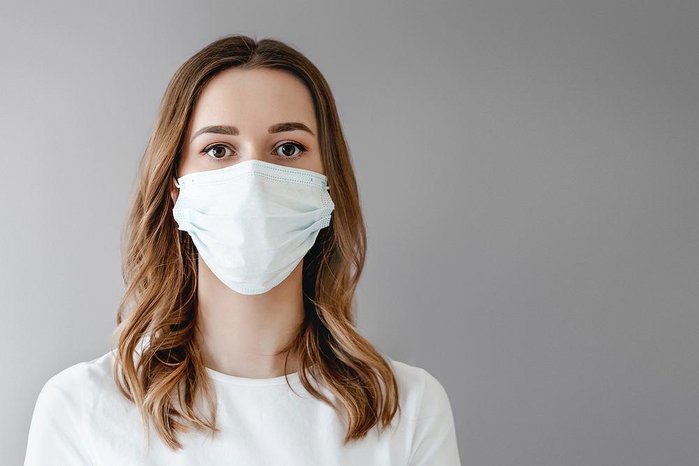 Jeden na trzech młodych dorosłych jest zagrożonych ciężkimi zakażeniami koronawirusem