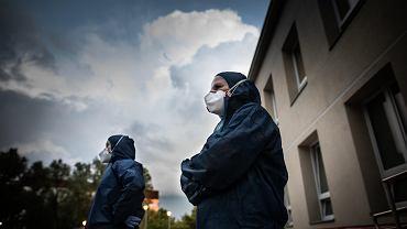 Koronawirus w Polsce. Ministerstwo Zdrowia podało najnowsze dane. Znów ponad 800 przypadków