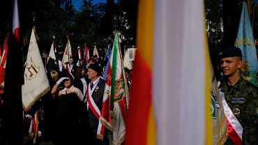 Białystok. XIX Międzynarodowy Marsz Pamięci Zesłańców Sybiru przeszedł ulicami miasta.