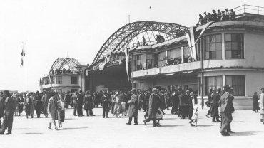 Uroczystość otwarcia portu lotniczego na Okęciu w Warszawie 29 kwietnia 1934 roku
