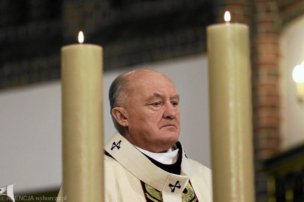 Warszawski kościół reaguje na pedofilię. Kardynał Kazimierz Nycz