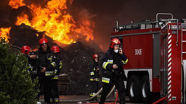 Pożar w Żorach. Spłonęło składowisko opon (fotografia ilustracyjna)