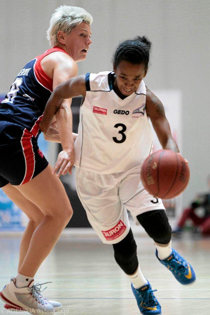 MUKS Poznań - Basket Gdynia. Z numerem 3 Renee Taylor