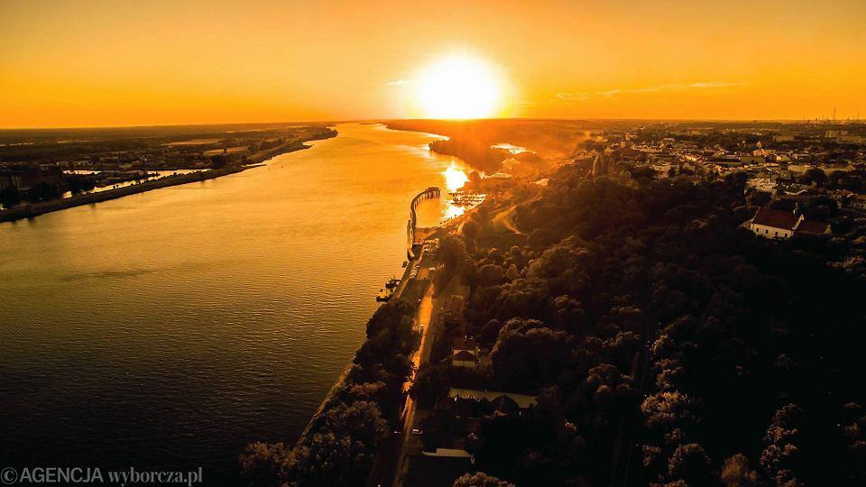 Zdjęcie numer 1 w galerii - Wisła w Płocku na zdjęciach - obejrzyjcie naszą rzekę z lotu ptaka