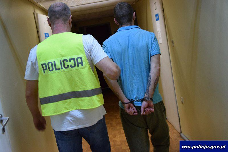 Policja zatrzymała dwóch mężczyzn za kradzież z włamaniem