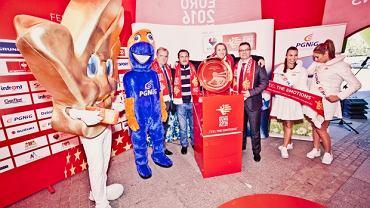Prezentacja trofeum EURO 2016 w Katowicach