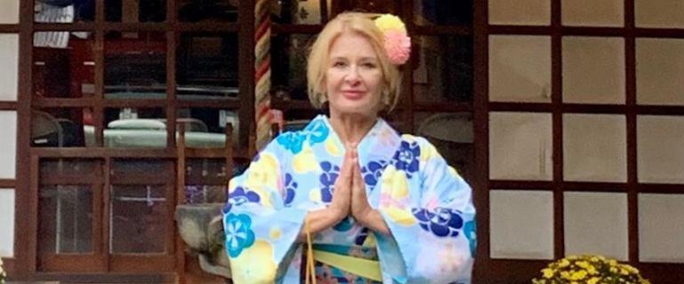 Majka Jeżowska paraduje w kimono. Pokazała syna i jego partnerkę