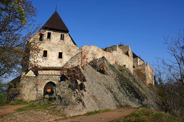 Czechy zamki - ruiny zamków Zebrak i Tocnik