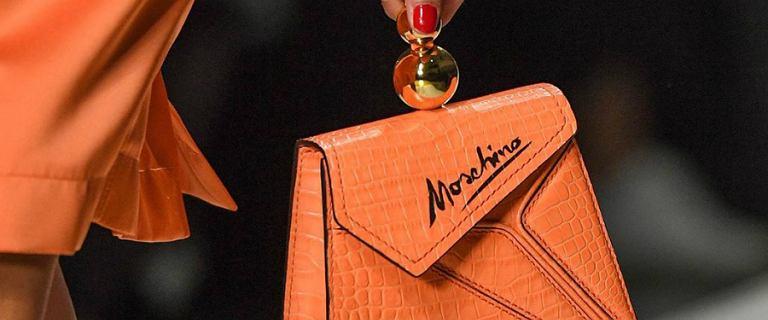 Wielka wyprzedaż Moschino! Torebki, buty i akcesoria włoskiej marki do 74% taniej!