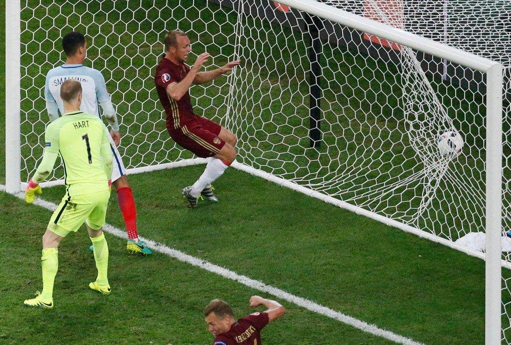 Anglia traci gola w ostatniej minucie meczu z Rosją