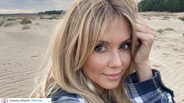 Kasia Moś nowa fryzura. Piosenkarka postawiła na niezwykle modne cięcie i koloryzację (zdjęcie ilustracyjne)