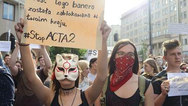Protest przeciw cenzurze internetu w Warszawie.