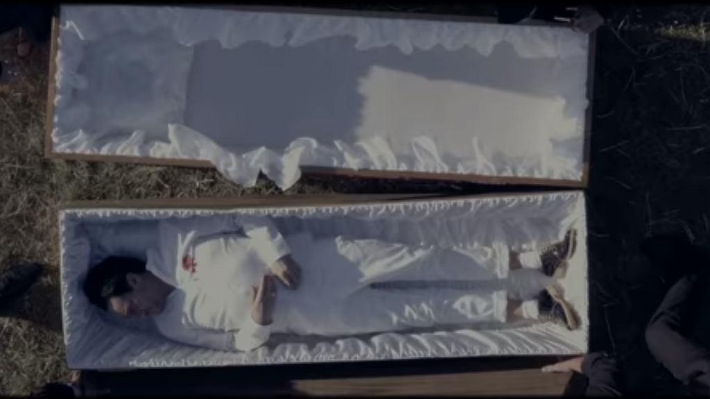 Michał Wiśniewski urządził swój pogrzeb w teledysku Ich Troje