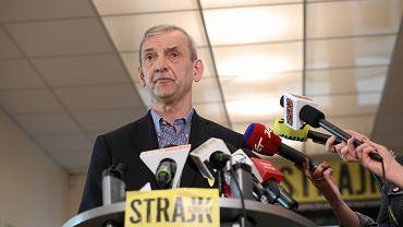 Szef ZNP Sławomir Broniarz podczas konferencji prasowej. Warszawa, 19 kwietnia 2019