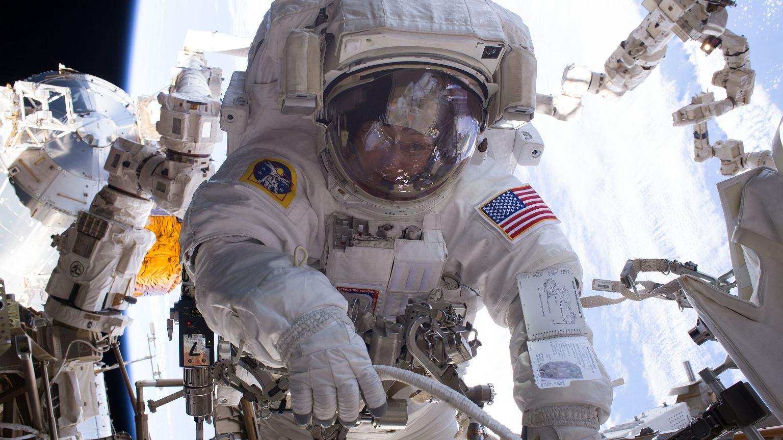 Peggy Whitson to pierwsza kobieta, która dowodziła stacją kosmiczną