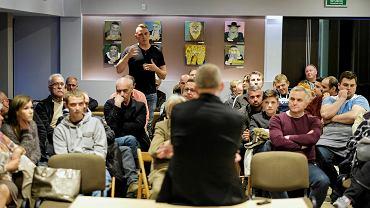 Eurowybory 2019. Grzegorz Braun na spotkaniu w Nowej Dębie