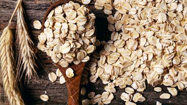 Płatki owsiane są źródłem wielu cennych składników odżywczych, które mają wpływ na funkcjonowanie organizmu.