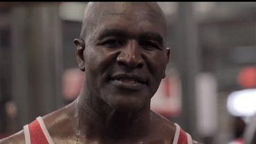 Evander Holyfield odpowiedział Tysonowi. Opublikował wideo ze swojego treningu