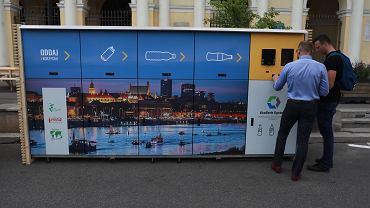 Uruchomienie pierwszego recyklomatu w Warszawie
