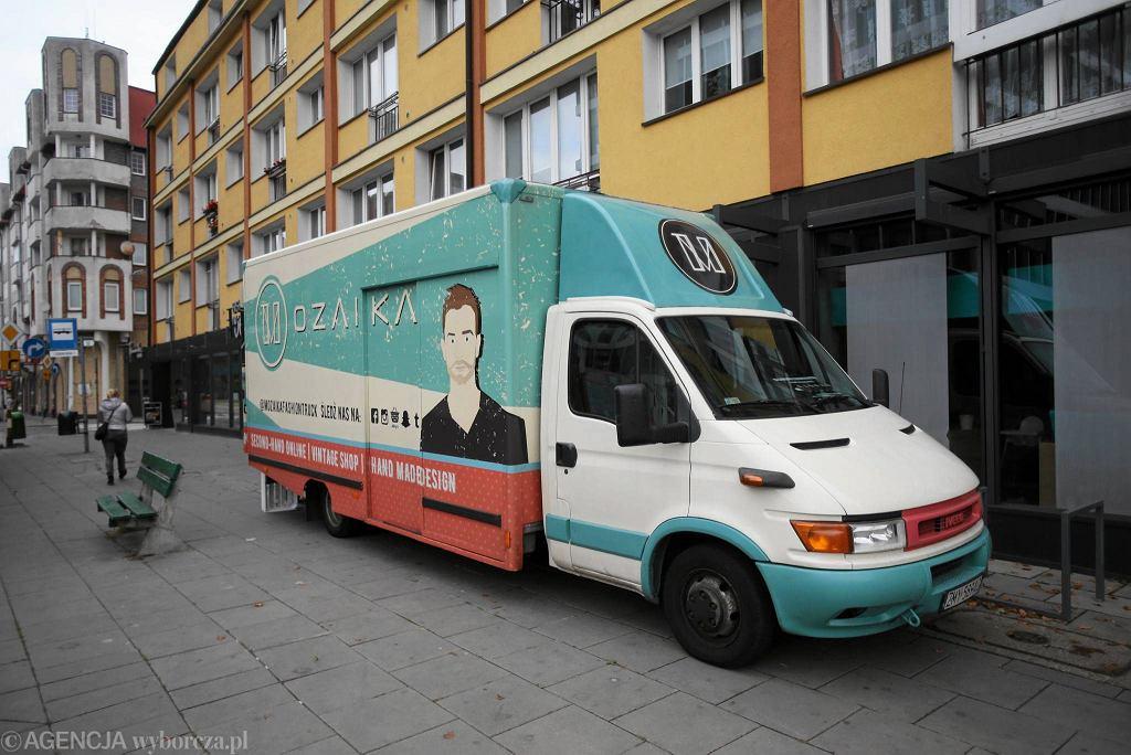 Mozaika Fashion Truck / CEZARY ASZKIEŁOWICZ