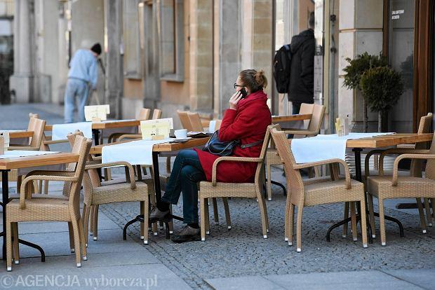 Zdjęcie numer 66 w galerii - Ogródki restauracyjne pierwsze tej wiosny i te przedwojenne [ARCHIWALNE ZDJĘCIA]