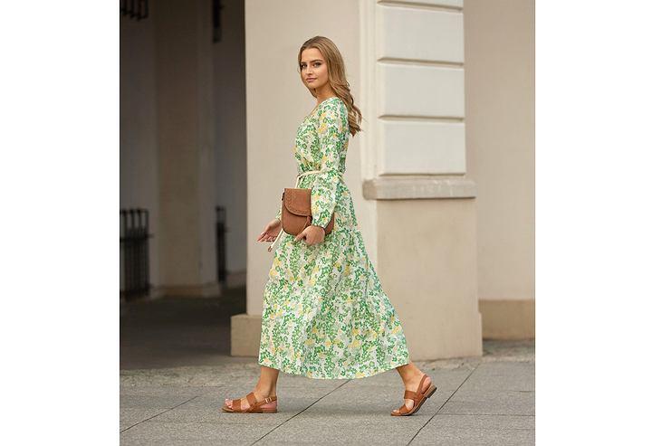 Karolina Pisarek w modnej sukience na wiosnę i lato