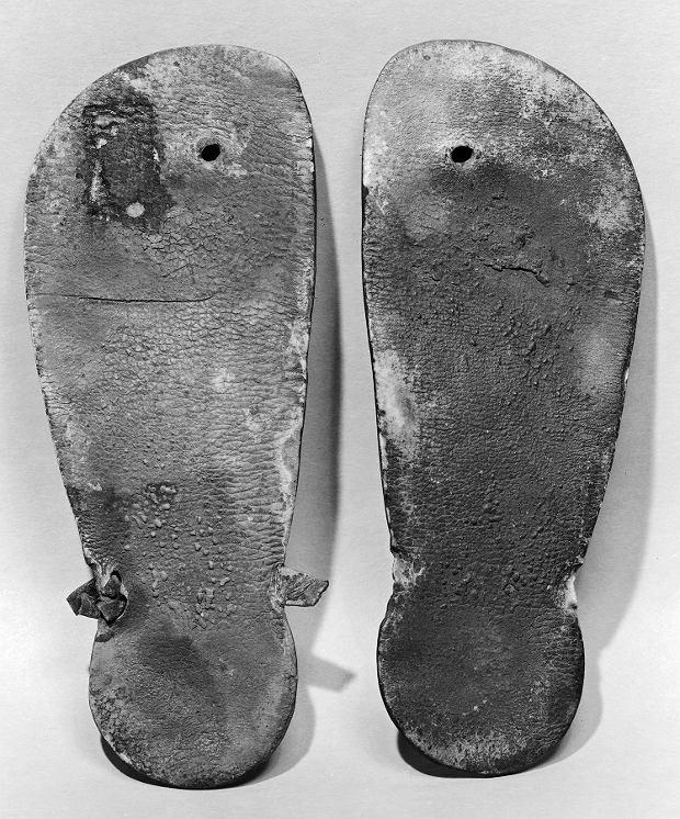 Para starożytnych, skórzanych egipskich japonek z okresu Nowego Państwa, czyli między 1550 a 1307 r p.n.e. / Fot. domena publiczna, Walters Art Museum
