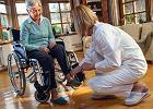 Opieka nad bliskimi - pomoc lekarska, domy opieki, zasiłki
