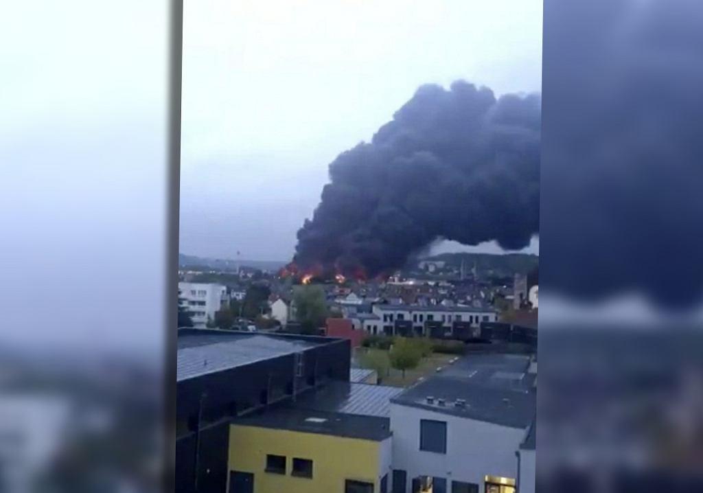 Potężny pożar w fabryce środków chemicznych we Francji