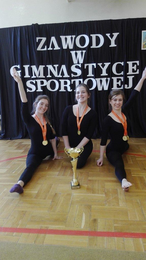Licealistki Traugutta mistrzyniami Radomia w gimnastyce sportowej