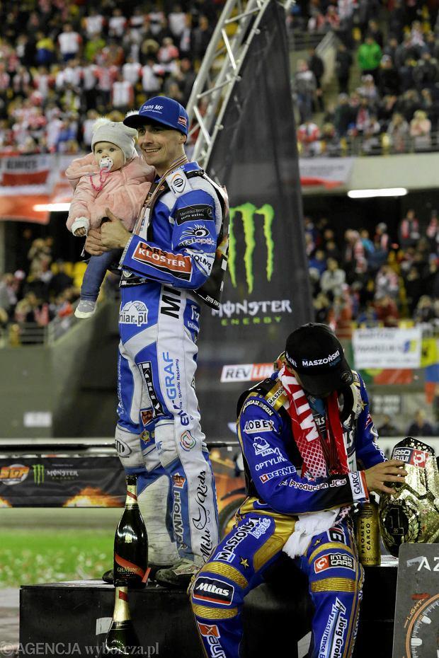 Zdjęcie numer 103 w galerii - Żużlowe Grand Prix w Toruniu. Zmarzlik mistrzem świata. Zobacz galerię zdjęć z toru i trybun