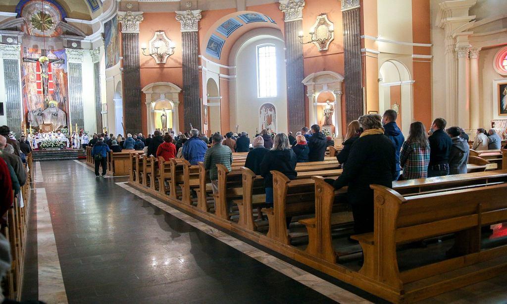 Parafia zachęca do składania podpisów pod projektem 'Stop LGBT'