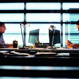 Kadr z serialu 'Pakt'