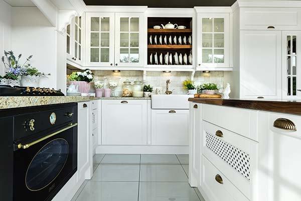 kuchnia w stylu angielskim, meble kuchenne, kuchnia z wyspą