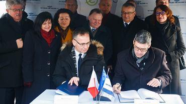 Podpisanie umowy na projekt linii Podłęże - Piekiełko
