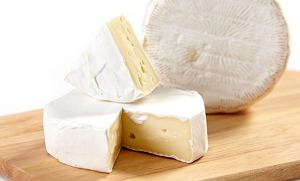 Alkohol w kuchni: jak dobrać wino do sera, ser camembert