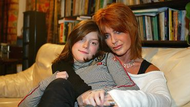 Córka Ewy Sałackiej skończyła właśnie 25 lat. Choć unika show-biznesu, to jest aktywna w mediach społecznościowych. Zobaczcie jak dziś wygląda