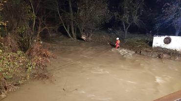 Nie żyją trzy wolontariuszki, które zostały porwane przez silny nurt rzeki na Słowacji. Kobiety próbowały ratować psy z podtopionego schroniska.