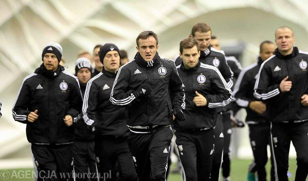 Zdjęcie numer 0 w galerii - Legia po pierwszym treningu. Są nowe twarze: Chukwu, Nagy, Jędrzejczyk [ZDJĘCIA]