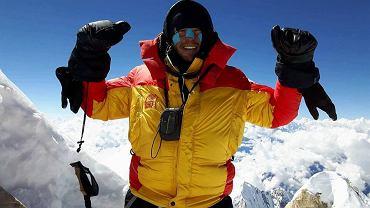 Annapurna to szósty ośmiotysięcznik zdobyty przez Waldemara Kowalewskiego. Na zdjęciu - wspinacz na szczycie Manaslu