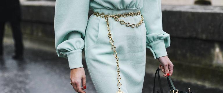 Te eleganckie sukienki midi założysz na specjalne okazje! Mamy top 18 modeli, które podkreślą twoje atuty