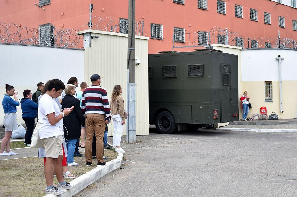 Białoruś, Mińsk. Więzienie w którym przetrzymywani są uczestnicy protestów z sierpnia 2020r.