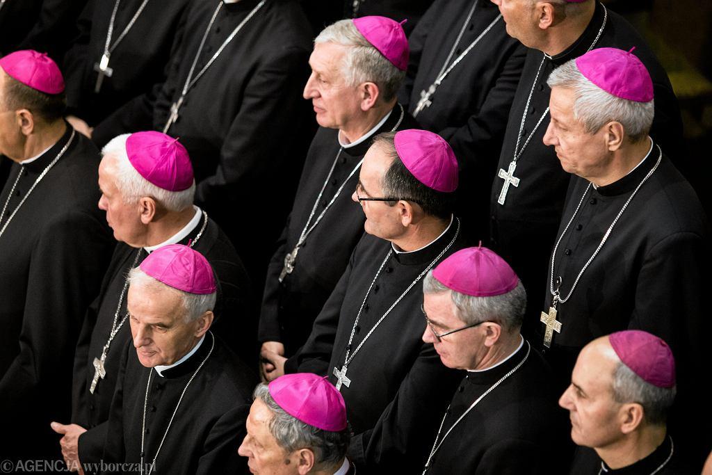 Konferencja Episkopatu Polski wydała stanowisko dot. Karty LGBT